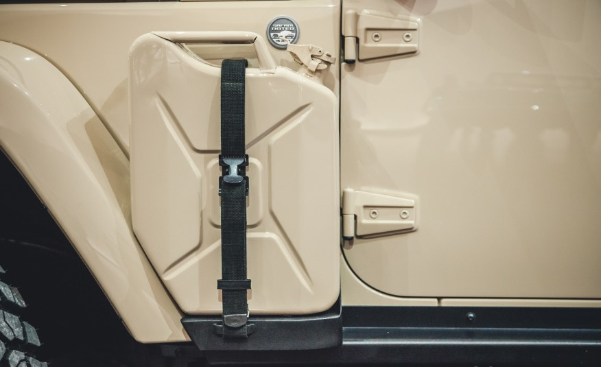 Jeep-Wrangler-Africa-concept-107-876x535
