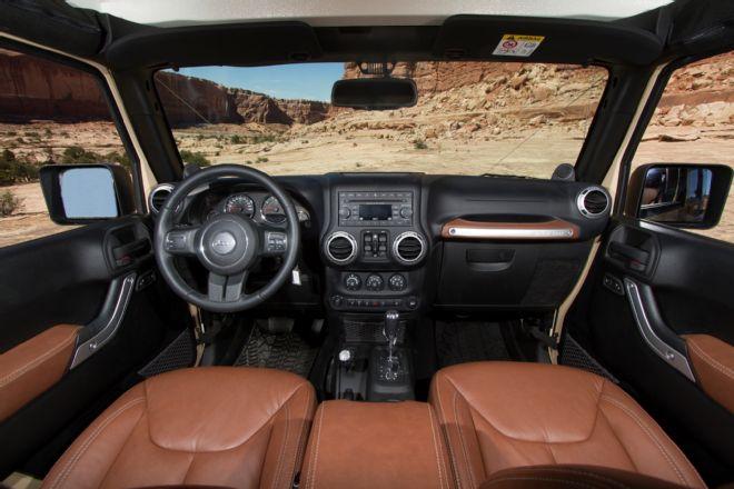 jeep-wrangler-africa-concept-plush-interior